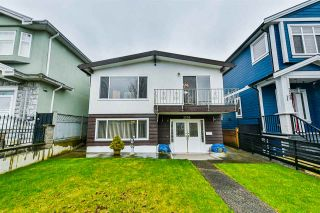 Photo 1: 3256 GRANT STREET in Vancouver: Renfrew VE House for sale (Vancouver East)  : MLS®# R2443230