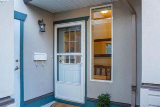 Photo 4: 29 4525 Wilkinson Rd in VICTORIA: SW Royal Oak Row/Townhouse for sale (Saanich West)  : MLS®# 805623