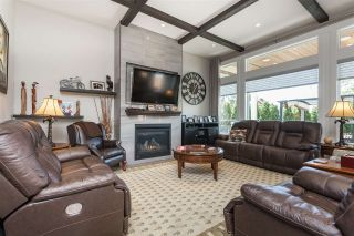 Photo 5: 4927 215 Street in Langley: Murrayville House for sale : MLS®# R2443426