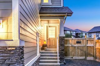 Photo 3: 140 VALLEY POINTE Place NW in Calgary: Valley Ridge Detached for sale : MLS®# C4271649