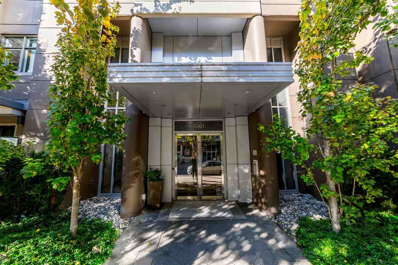 """Main Photo: 705 1001 HOMER Street in Vancouver: Yaletown Condo for sale in """"BENTLEY"""" (Vancouver West)  : MLS®# R2312104"""
