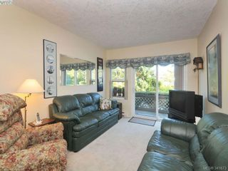 Photo 2: 114 1485 Garnet Rd in VICTORIA: SE Cedar Hill Condo for sale (Saanich East)  : MLS®# 680957