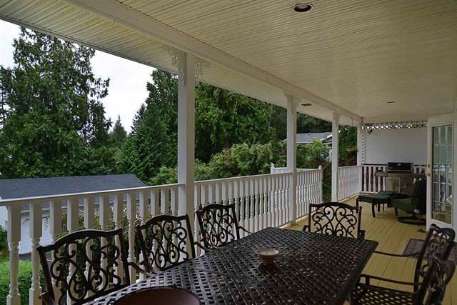 Photo 8: Photos: 559 GOODWIN Road in Gibsons: Gibsons & Area House for sale (Sunshine Coast)  : MLS®# R2204883