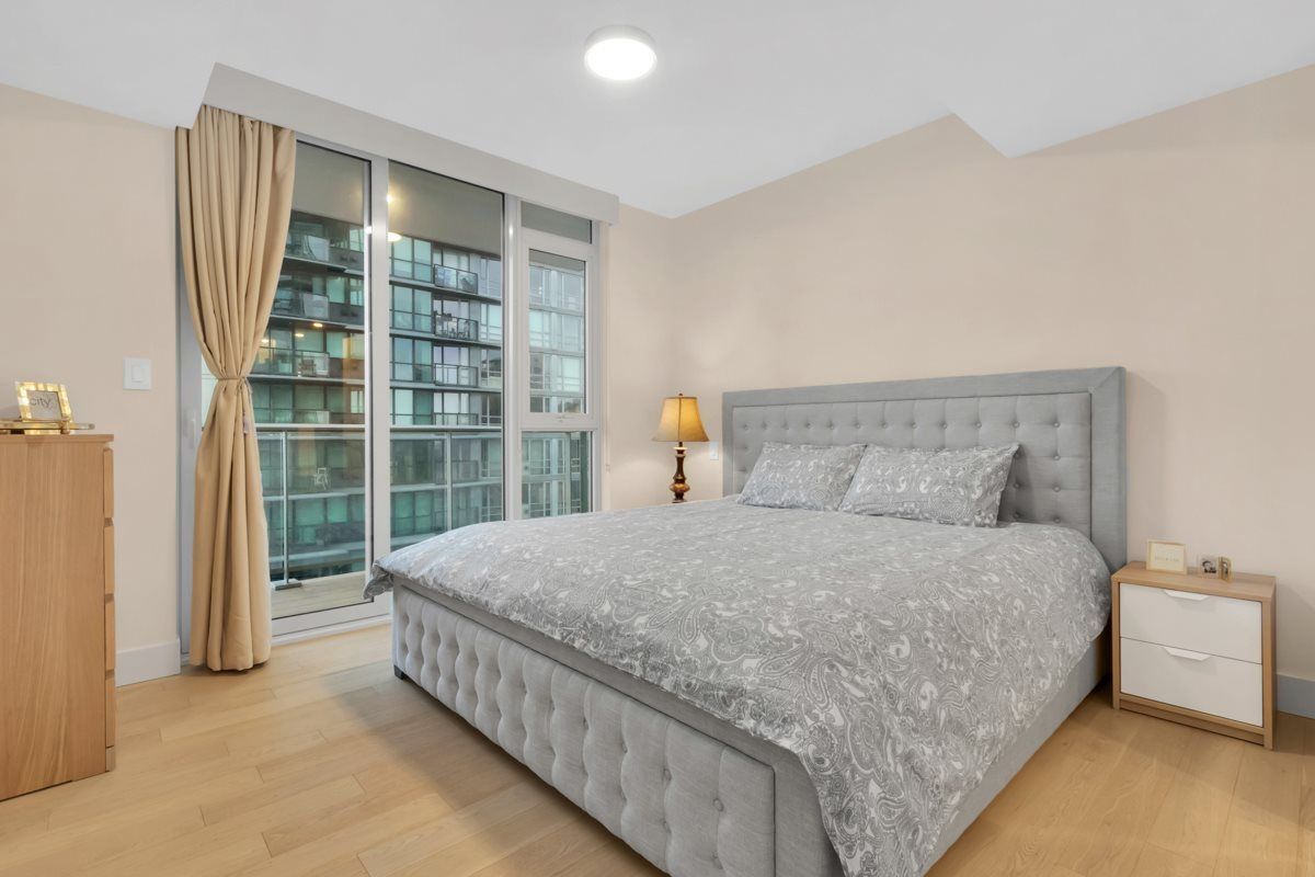 """Photo 11: Photos: 2001 499 PACIFIC Street in Vancouver: Yaletown Condo for sale in """"The Charleson"""" (Vancouver West)  : MLS®# R2456013"""