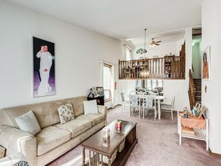 Photo 5: 64 Sanderling Hill in Calgary: Sandstone Valley Detached for sale : MLS®# A1090715