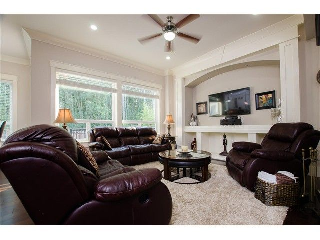 """Photo 2: Photos: 17358 3RD Avenue in Surrey: Pacific Douglas House for sale in """"Summer Field - Douglas Crossing"""" (South Surrey White Rock)  : MLS®# F1422324"""