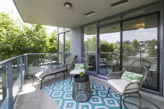 """Photo 15: 502 2225 HOLDOM Avenue in Burnaby: Central BN Condo for sale in """"Legacy Towers"""" (Burnaby North)  : MLS®# R2471558"""