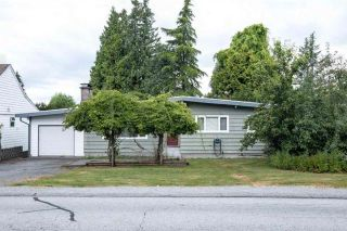 Photo 1: 822 POIRIER Street in Coquitlam: Harbour Place House for sale : MLS®# R2580513