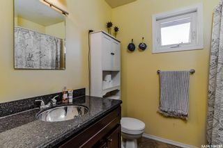 Photo 13: 323 V Avenue South in Saskatoon: Pleasant Hill Residential for sale : MLS®# SK856247