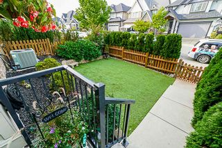 Photo 3: 21142 80A Avenue in Langley: Willoughby Heights Condo for sale : MLS®# R2314133