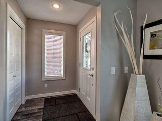 Photo 3: 16009 10 Avenue in Edmonton: Zone 56 House Half Duplex for sale : MLS®# E4262232