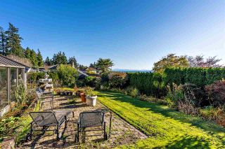 Photo 5: 13196 MARINE Drive in Surrey: Crescent Bch Ocean Pk. House for sale (South Surrey White Rock)  : MLS®# R2517431