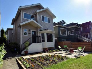 Photo 1: 1656 E 13TH Avenue in Vancouver: Grandview VE 1/2 Duplex for sale (Vancouver East)  : MLS®# R2077472