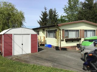 Photo 2: 2522 Sloping Pines Rd in SAANICHTON: CS Hawthorne Manufactured Home for sale (Central Saanich)  : MLS®# 813216