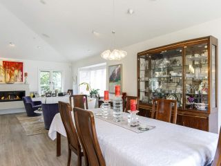 """Photo 12: 587 W KING EDWARD Avenue in Vancouver: Cambie Townhouse for sale in """"JAMES RESIDENCE"""" (Vancouver West)  : MLS®# R2537952"""