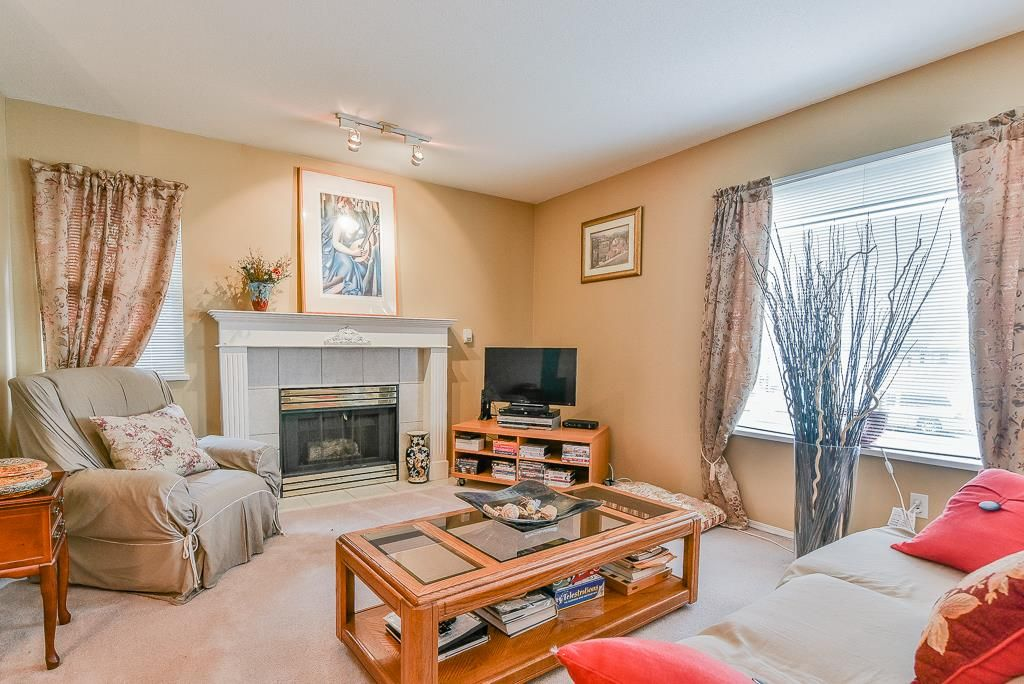 Photo 3: Photos: 1219 SOUTH DYKE Road in New Westminster: Queensborough House for sale : MLS®# R2238163