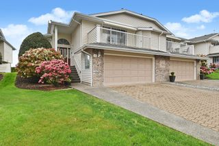 Photo 1: 4 32925 Maclure Road in Abbotsford: Central Abbotsford Townhouse for sale : MLS®# R2575010