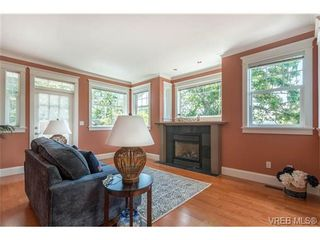 Photo 11: 1971 Fairfield Rd in VICTORIA: Vi Fairfield East House for sale (Victoria)  : MLS®# 731536