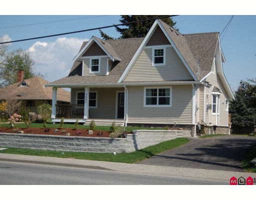 Main Photo: 7684 CEDAR Street in Mission: Mission BC House for sale : MLS®# F2903727