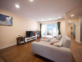 """Photo 4: 1351 W 8TH Avenue in Vancouver: Fairview VW Townhouse for sale in """"FAIRVIEW VILLAGE"""" (Vancouver West)  : MLS®# R2578868"""