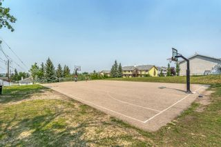 Photo 32: 35 Beddington Gardens NE in Calgary: Beddington Heights Row/Townhouse for sale : MLS®# A1130135