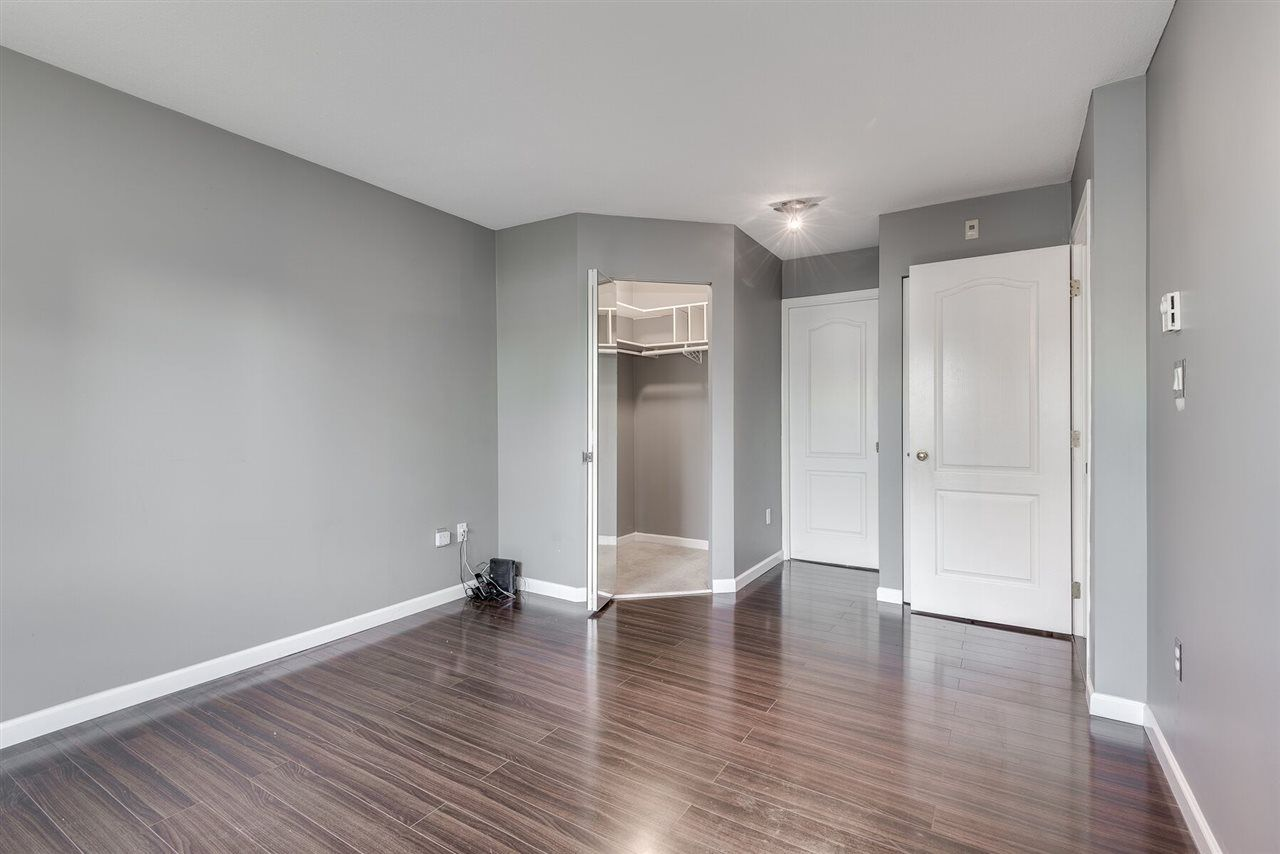 """Photo 10: Photos: 108 3733 NORFOLK Street in Burnaby: Central BN Condo for sale in """"Winchelsea"""" (Burnaby North)  : MLS®# R2400393"""