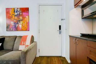 Photo 2: 617 1 W King Street in Toronto: Bay Street Corridor Condo for sale (Toronto C01)  : MLS®# C5400350