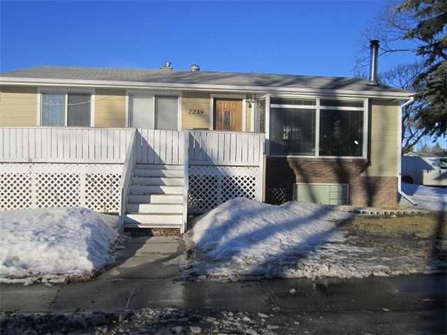Photo 4: Photos: 2239 37 Street SE in CALGARY: Forest Lawn Residential Detached Single Family for sale (Calgary)  : MLS®# C3598587