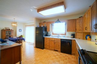 Photo 8: 24 Roe St in Portage la Prairie: House for sale : MLS®# 202117744