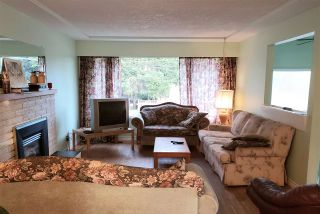 "Photo 5: 10013 132 Street in Surrey: Cedar Hills House for sale in ""CEDAR HILLS"" (North Surrey)  : MLS®# R2422513"