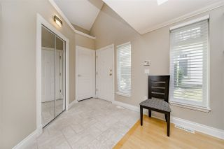 """Photo 4: 39 3405 PLATEAU Boulevard in Coquitlam: Westwood Plateau Townhouse for sale in """"PINNACLE RIDGE"""" : MLS®# R2465579"""