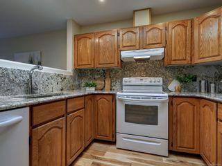 Photo 11: 1423 Yale St in : OB South Oak Bay Row/Townhouse for sale (Oak Bay)  : MLS®# 878485