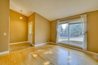 Photo 3: 240 Scenic Way NW in Calgary: Scenic Acres Detached for sale : MLS®# A1125995