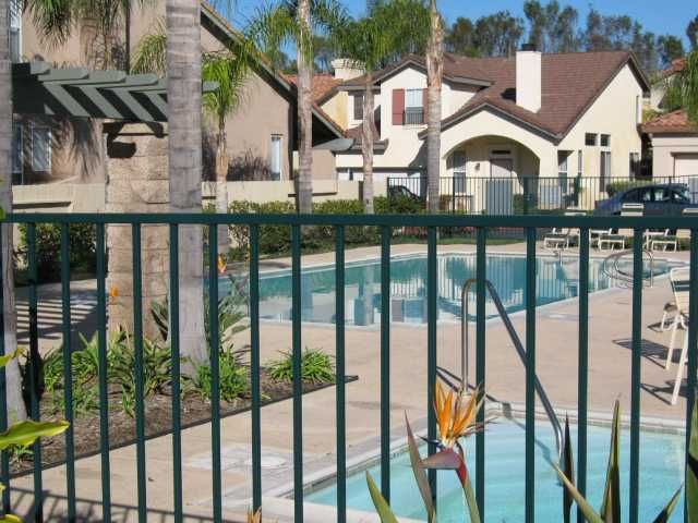 Photo 11: Photos: OCEANSIDE House for sale : 3 bedrooms : 4084 Ivey Vista