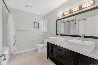 """Photo 12: 1843 LILAC Drive in Surrey: King George Corridor Townhouse for sale in """"Alderwood"""" (South Surrey White Rock)  : MLS®# R2443102"""