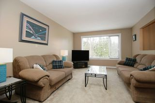 Photo 2: 2582 MITCHELL Street in Abbotsford: Abbotsford West House for sale : MLS®# R2251993