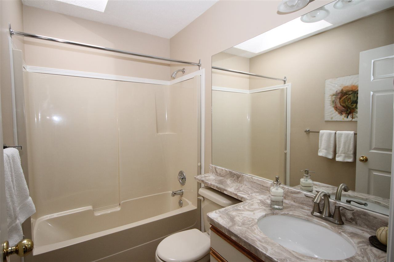 """Photo 14: Photos: 69 2345 CRANLEY Drive in Surrey: King George Corridor Manufactured Home for sale in """"La Mesa"""" (South Surrey White Rock)  : MLS®# R2153099"""