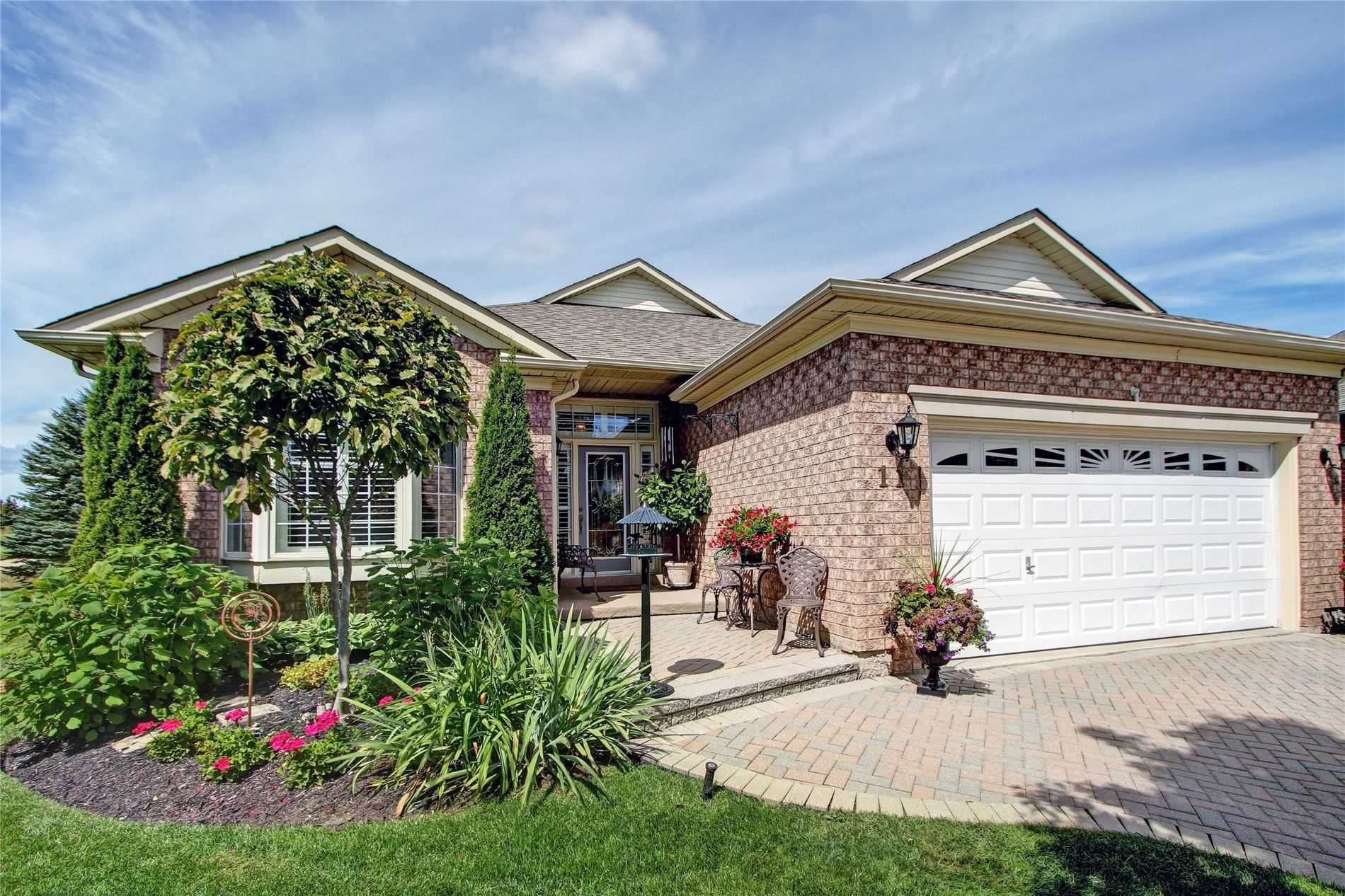 Main Photo: 11 Jack's Round in Whitchurch-Stouffville: Freehold for sale : MLS®# N4563404