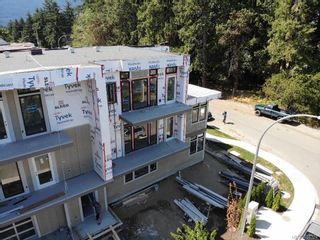 Photo 4: 3096 107th St in : Na Uplands Row/Townhouse for sale (Nanaimo)  : MLS®# 884324