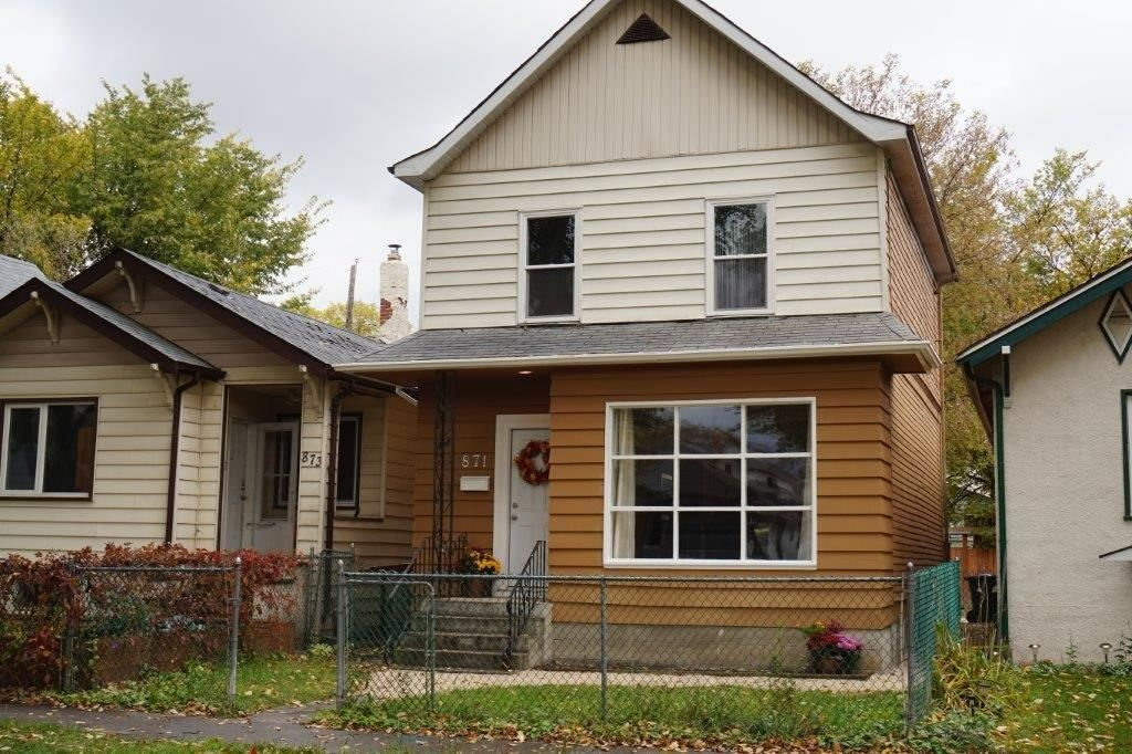 Main Photo: SOLD in : West End Single Family Detached for sale