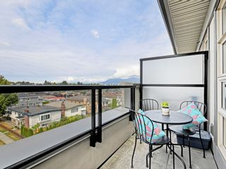 """Photo 3: 406 4550 FRASER Street in Vancouver: Fraser VE Condo for sale in """"Century"""" (Vancouver East)  : MLS®# R2394359"""