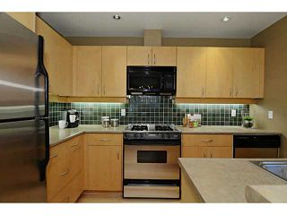 "Photo 5: 132 W 16TH Avenue in Vancouver: Cambie Townhouse for sale in ""CAMBIE VILLAGE"" (Vancouver West)  : MLS®# V1025834"