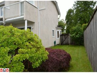 """Photo 9: 1 10062 154TH Street in SURREY: Guildford Townhouse for sale in """"WOODLAND GROVE"""" (North Surrey)  : MLS®# F1215581"""