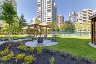 Photo 6: 608 4165 MAYWOOD Street in Burnaby: Metrotown Condo for sale (Burnaby South)  : MLS®# R2595341