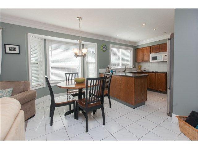 """Photo 7: Photos: 6444 WOODGLEN Street in Delta: Sunshine Hills Woods House for sale in """"SUNSHINE HILLS"""" (N. Delta)  : MLS®# F1445409"""