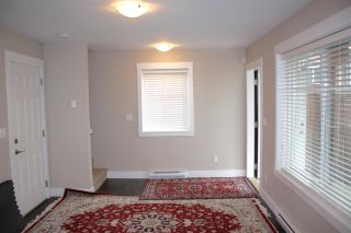 """Photo 9: 16 6929 142 Street in Surrey: East Newton Townhouse for sale in """"Redwood"""" : MLS®# R2139277"""