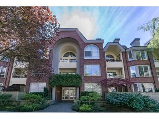 "Photo 1: 109 1230 HARO Street in Vancouver: West End VW Condo for sale in ""Twelve Thirty Haro"" (Vancouver West)  : MLS®# R2161459"