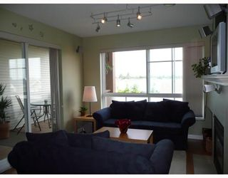 """Photo 3: 302 5600 ANDREWS Road in Richmond: Steveston South Condo for sale in """"THE LAGOONS"""" : MLS®# V727206"""