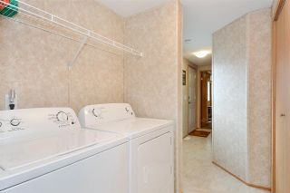 """Photo 12: 38 15875 20 Avenue in Surrey: King George Corridor Manufactured Home for sale in """"Sea Ridge Bays"""" (South Surrey White Rock)  : MLS®# R2375018"""