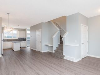 Photo 7: 52 SKYVIEW Circle NE in Calgary: Skyview Ranch Row/Townhouse for sale : MLS®# C4197867